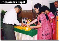 Dr._Ravindra-Bapat